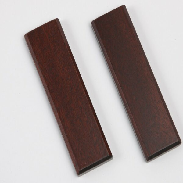 Small Pattresses (Pr) Mahogany