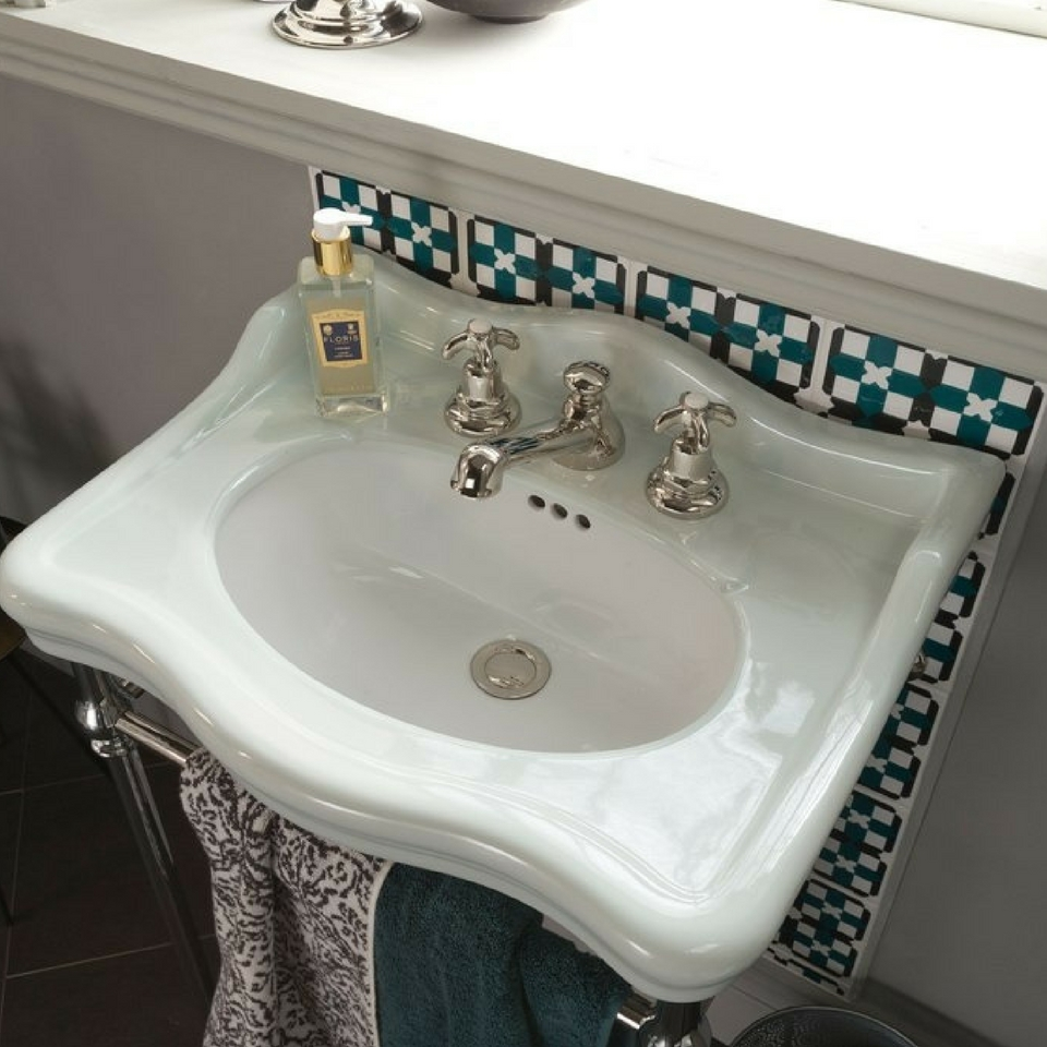 Comtesse One Tap-Hole Basin